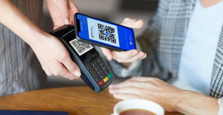 Payment with QR code